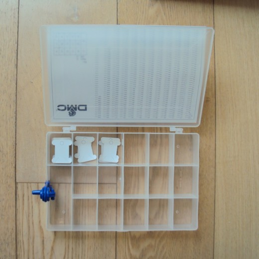 DMC Yarn organizer no. 5860-02